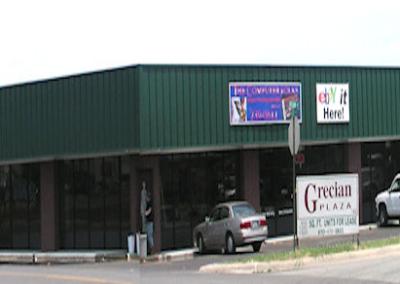 Grecian Plaza